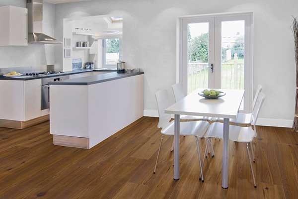 Holzfußboden In Küche ~ Parkett in der küche worauf muss ich achten